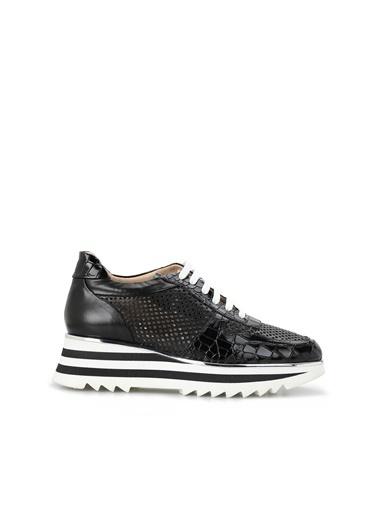 Divarese 5024253 Krokodil Dokulu Kadın Deri Ayakkabı Siyah